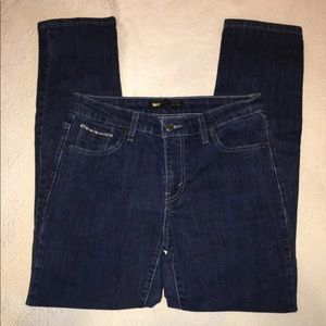 Levis mid rise skinny Jeans sz 30/32
